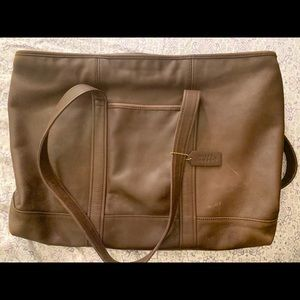 Large Vintage Coach brown leather tote. 20 yrs old